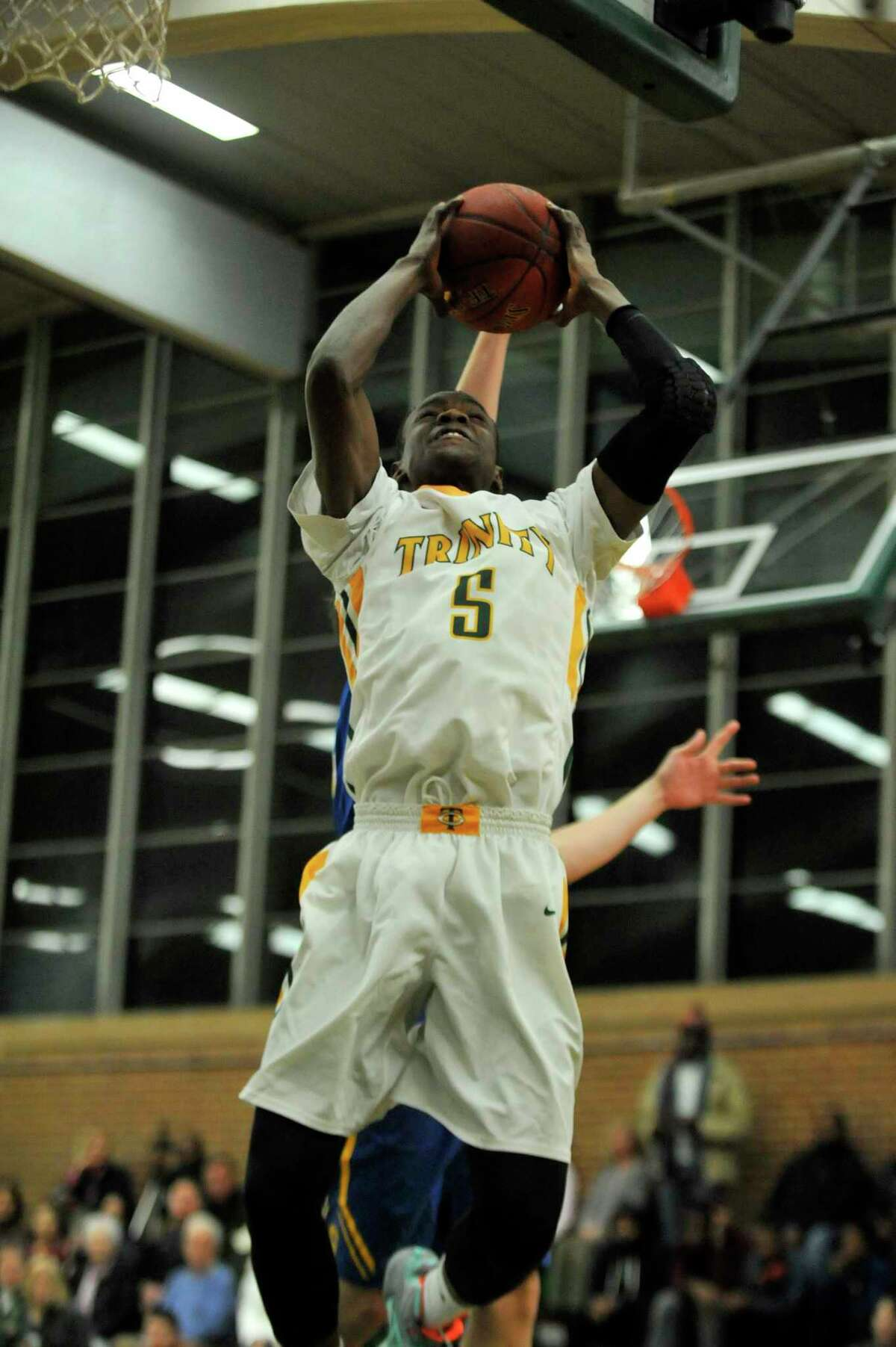 Former Trinity Catholic star Cantavio Dutreil has committed to play at Sacred Heart University.