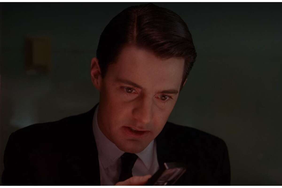 """Kyle MacLachlen """"Twin Peaks"""" was not the first David Lynch project Kyle MacLachlen had a role in. The actor starred in """"Dune"""" and """"Blue Velvet"""" before helming Lynch's television series. MacLachlen would later have a role in yet another '90s classic: """"Sex and The City,"""" in which he played Trey McDougal, Charlotte York's (Kristen Davis) first husband. The actor also frequently appeared in the Portland, Ore.-based sketchy show """"Portlandia,"""" where he played the mayor of Portland. Not all actors can say they played characters who have investigated a death, had sex in the city, and oversaw the general administration of a major northwestern city."""