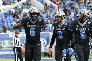 MEMPHIS, TN - NOVEMBER 23: Patrick Taylor Jr. #6 of the Memphis Tigers celebrates a touchdown against the Houston Cougars during the first half on November 23, 2018 at Liberty Bowl Memorial Stadium in Memphis, Tennessee. (Photo by Joe Murphy/Getty Images)