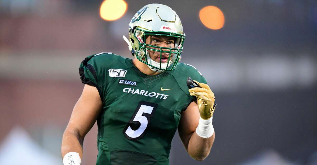 Alex Highsmith #5 of the Charlotte 49ers during the first half during their game against the Marshall Thundering Herd at Jerry Richardson Stadium on November 23, 2019 in Charlotte, North Carolina. (Photo by Jacob Kupferman/Getty Images)