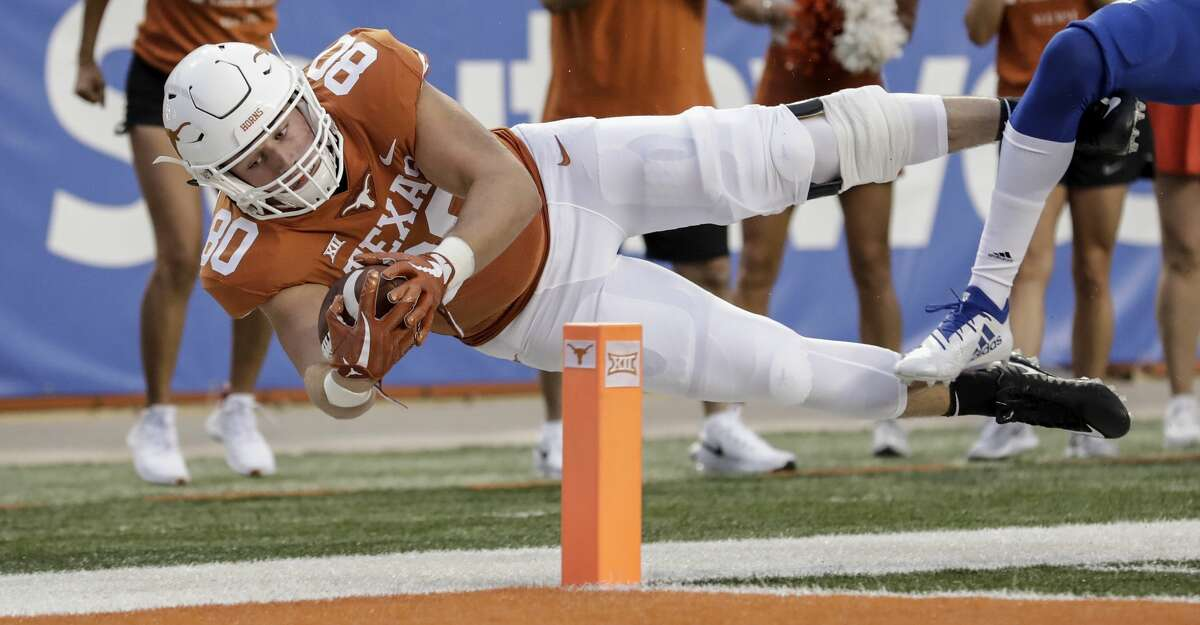 Texas tight end Cade Brewer injured his chest in practice.