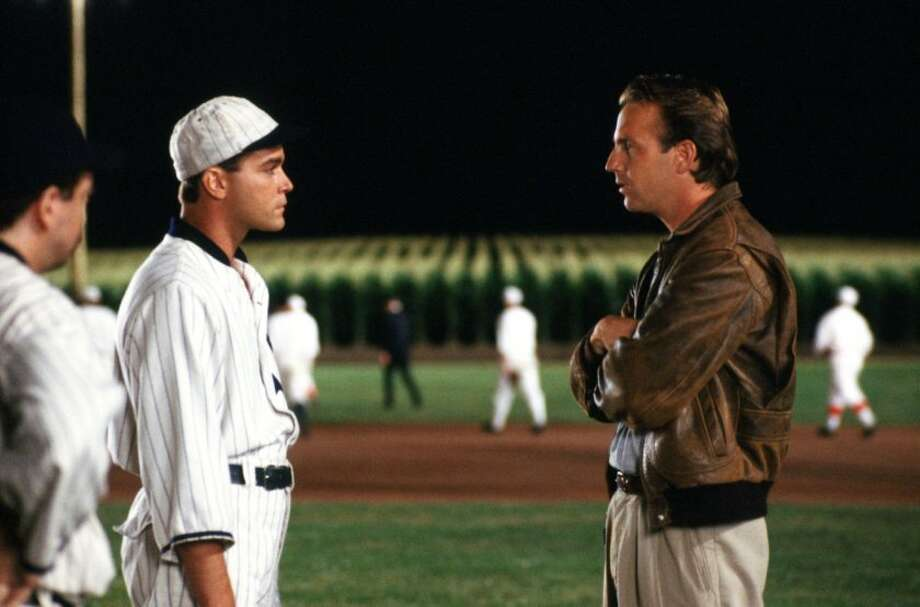 A scene from Field of Dreams. Photo: (latimes.com)
