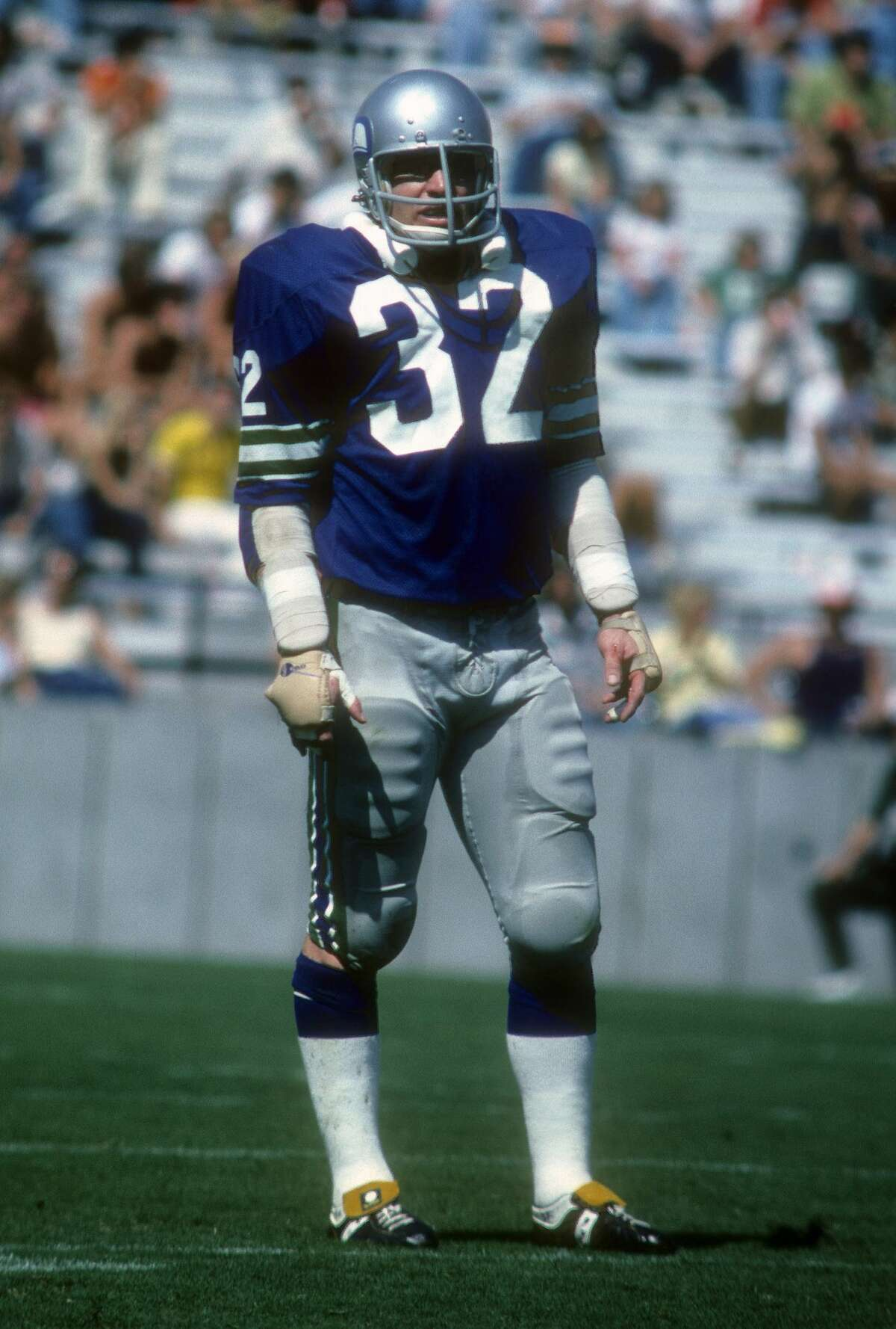 Mike Curtis, the first defensive captain of the Seattle Seahawks, passed away Monday morning at his home in St. Petersburg, Florida. He was 77.
