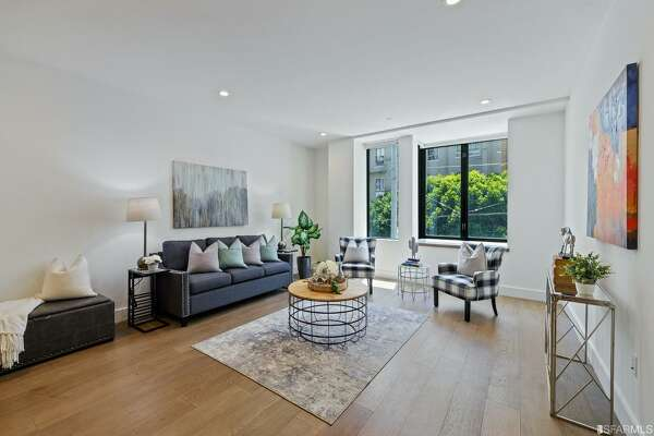 400 Grove Street 101. San Francisco, CA PRICE: $424,547 DESCRIPTION: Below Market Rate (BMR) housing opportunity available at 100% Area Median Income (AMI). Maximum income for 1 person = 89,650 2 people = $102,500; 3 = $115,300; 4 = $128,350, etc. Must be 1st-time homebuyer & income eligible. Unit available thru the Mayor's Office of Housing and Community Development (MOHCD) & subject to resale controls, monitoring & other restrictions. Unit will available on a first come, first served basis starting on 02/01/2021 at 8:00 am PST. Please visit https://sfmohcd.org/bmr-resale-400-Grove-St-Unit-101 to apply. Fair Housing Opportunity. Designed by Fougeron Architecture - Common roof deck with barbecue and wide open City views. Virtual Doorman. Centrally located. SIZE: 485 square feet YEAR: 2015 BEDROOMS: 1 MLS ID: 509958 AGENT: Andrea Swetland BROKERAGE: Vanguard Properties Photos and listing copyright 2021 by Vanguard Properties and associated MLS.
