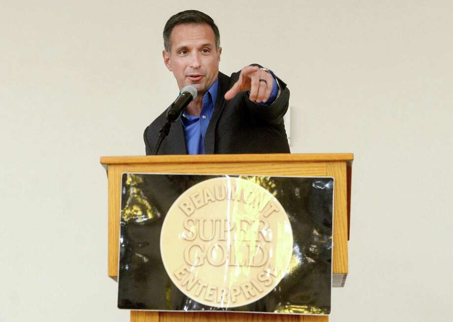 Featured speaker Damon West offers lessons in life and motivation during the annual Super Gold fall sports banquet at the MCM Elegante Hotel Monday night. The event, sponsored by MId County Chrysler Dodge Jeep Ram Fiat, honors star athletes and coaches from the fall sports season. Photo taken Monday, December 16, 2019 Kim Brent/The Enterprise Photo: Kim Brent / The Enterprise / BEN