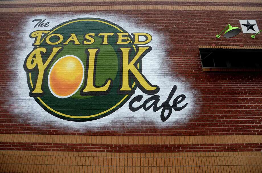 Workers continue construction on the interior and exterior at The Toasted Yolk Cafe, a brunch chain that is scheduled to open at the end of the month. The establishment is moving into and remodeling the former K-BOB's America's Kitchen on Phelan Boulevard.  Photo taken Wednesday, Jan. 15, 2020 Kim Brent/The Enterprise Photo: Kim Brent / The Enterprise / BEN
