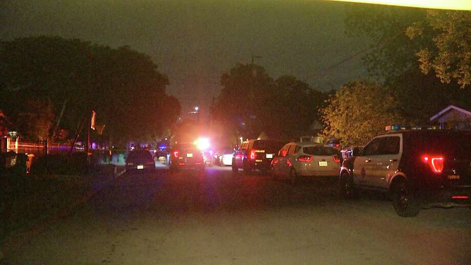 San Antonio police said they have few leads in a Southwest Side shooting that left one person dead Tuesday. Photo: Ken Branca