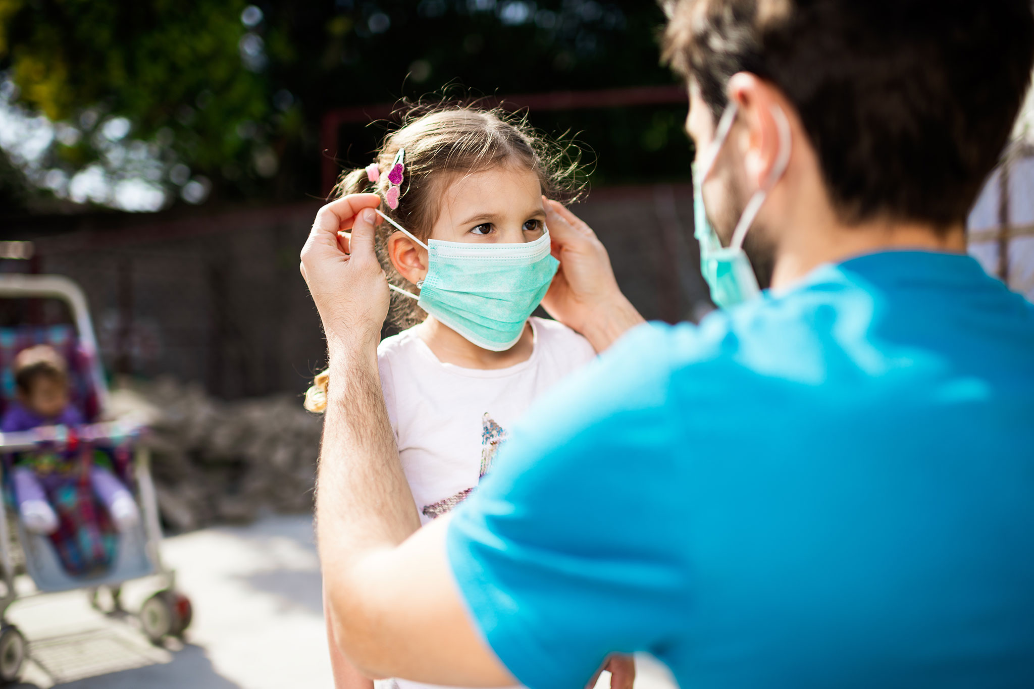 Should babies and children wear masks or face coverings?