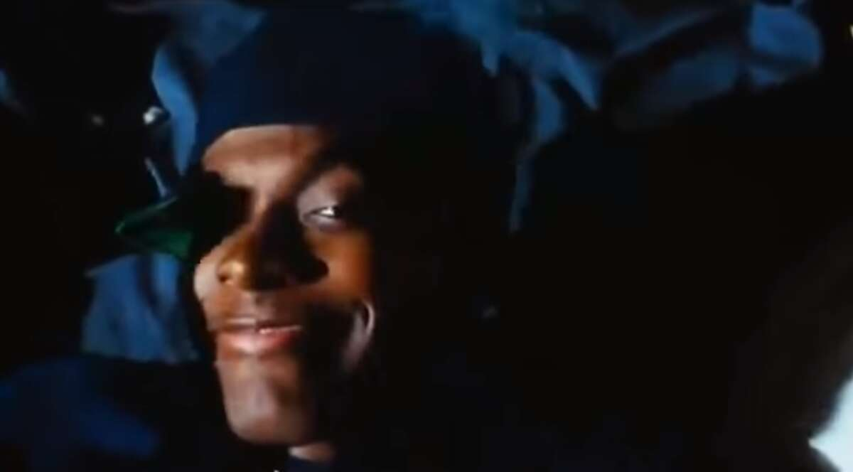 """RANKING THE BEST LINES FROM THE MOVIE 'FRIDAY' 2. SMOKEY: """"And you know this ... maaaaan!"""""""