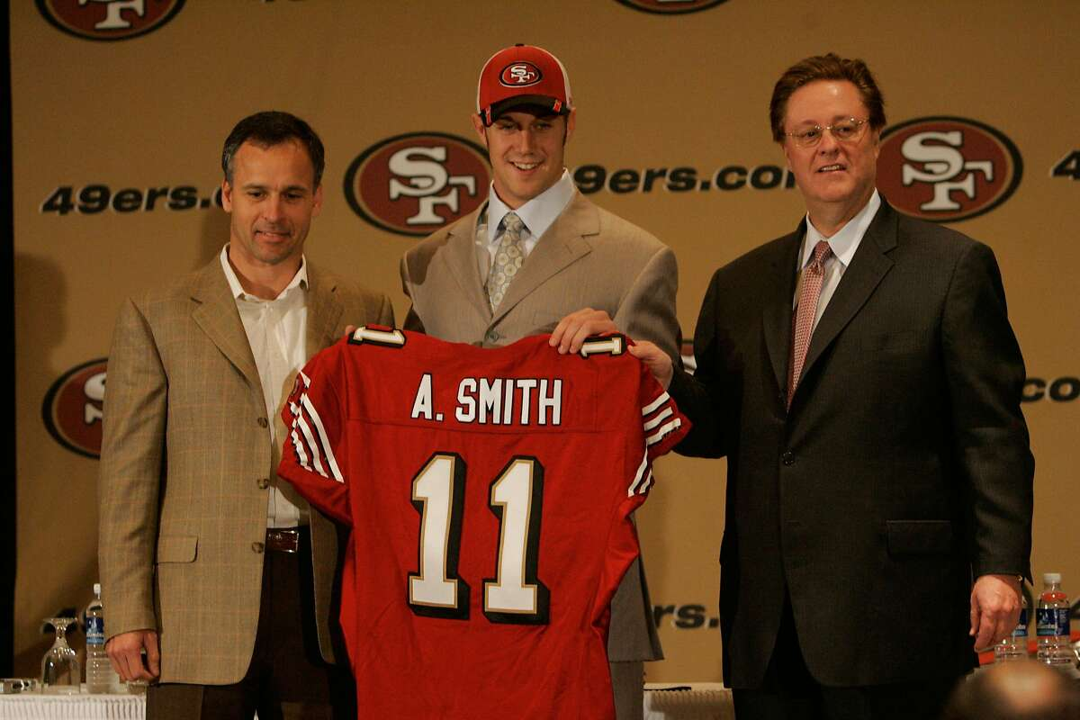 Alex Smith, 15 years after 49ers drafted him, won't let fear stop ...