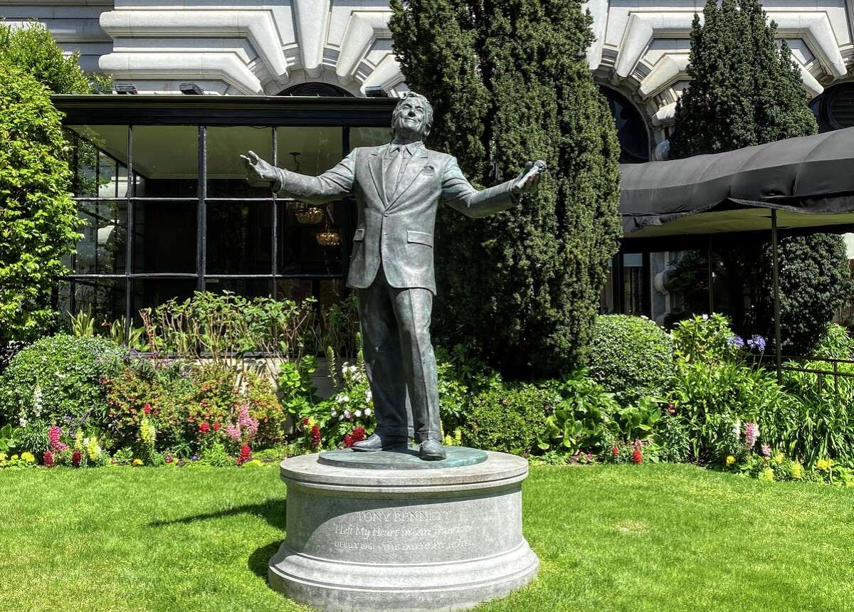 A lonely statue of Tony Bennett in the front yard of San Francisco's Fairmont Hotel.