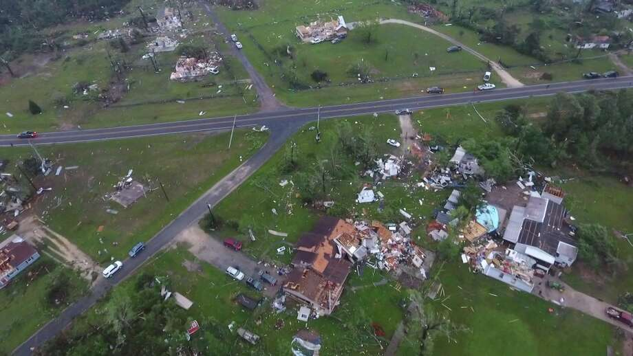 Damage from an apparent tornado in Onalaska, Texas, is seen from above Wednesday, April 22, 2020. Photo: Scott J. Engle / Montgomery County Police Reporter