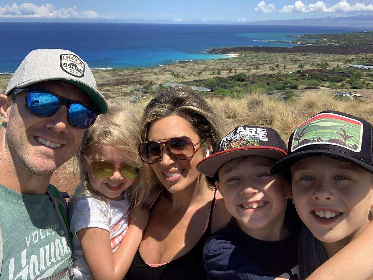 Alex Smith and family in Hawaii