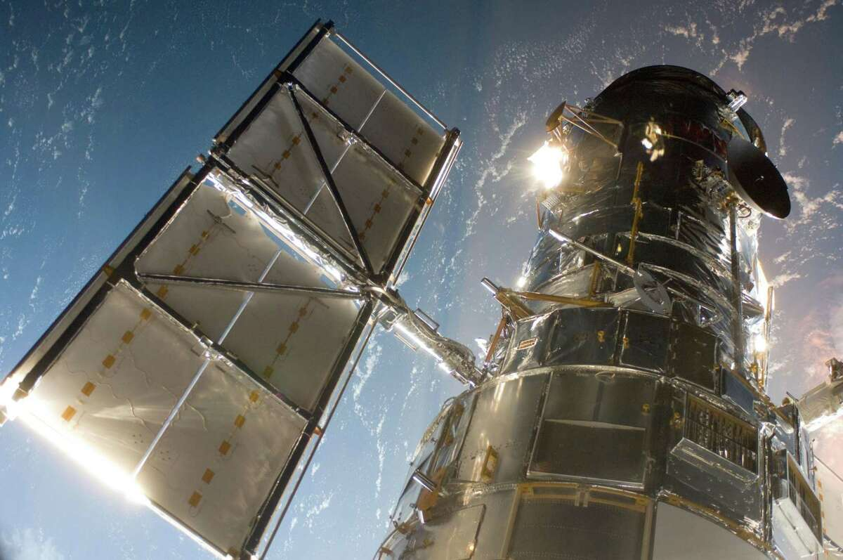 In an image provided by NASA, the Hubble Space Telescope in 2009, during a mission to upgrade and repair it. (NASA via The New York Times)