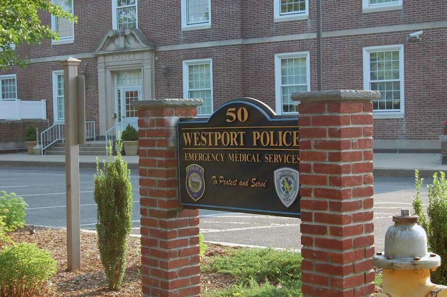 Westport Police Headquarters on Jesup Road. Photo: Cameron Martin / Cameron Martin / Westport News