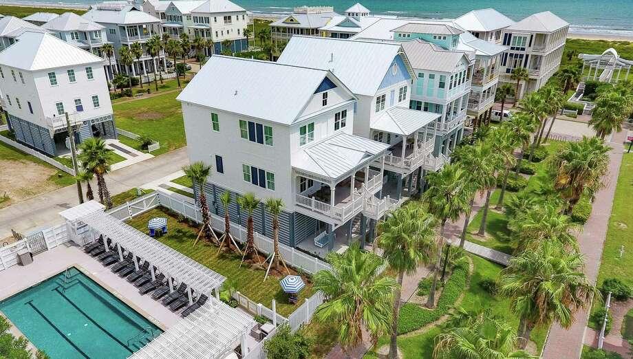 With more than 1 mile of non-driving and naturally growing beach and miles of lagoon-front, Beachtown is also nestled in an 800-acre nature preserve.
