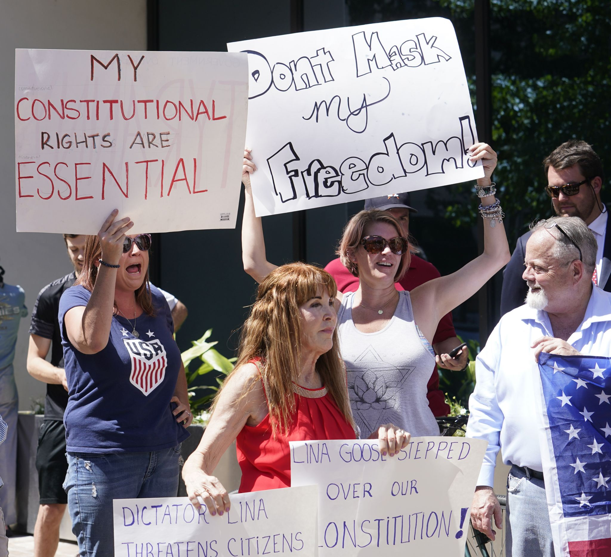 Let Freedom Ring Rally' protesters speak out against Harris County mask  order