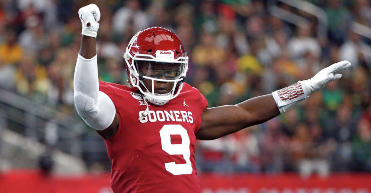 Oklahoma linebacker Kenneth Murray celebrates after a stop against Baylor during the Big 12 Football Championship at AT&T Stadium in Arlington, Texas, on December 7, 2019. (Ron Jenkins/Getty Images/TNS)