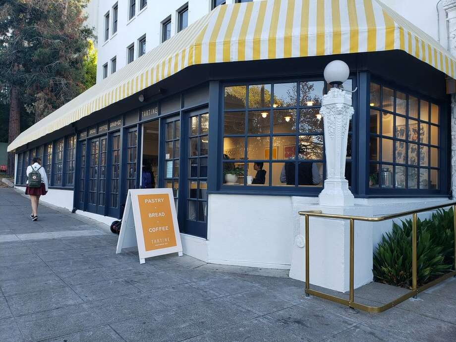The Berkeley location of Tartine Bakery inside the Graduate Berkeley hotel has reportedly closed permanently due to the COVID-19 crisis. Photo: Kathy V. Via Yelp