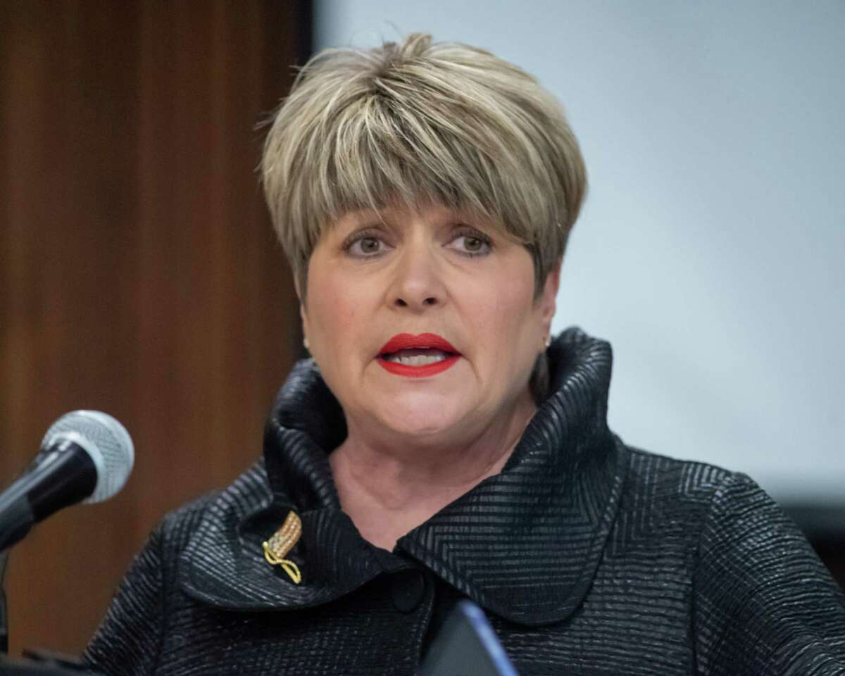 Beaumont Mayor Becky Ames faced controversy after a photo surfaced of her apparently getting services at a local nail salon, even though the business was supposed to be closed.
