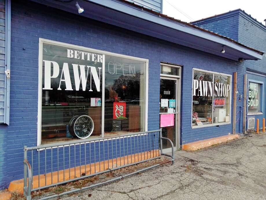 """Jason Gretzner, owner of Fast Cash Big Rapids, said business has been impacted """"horribly"""" because of the coronavirus, noting he had to close his doors for one week before they declared his shop an essential service.(Pioneer photo/Alicia Jaimes) / Copyright,Spreadtrum,2011"""