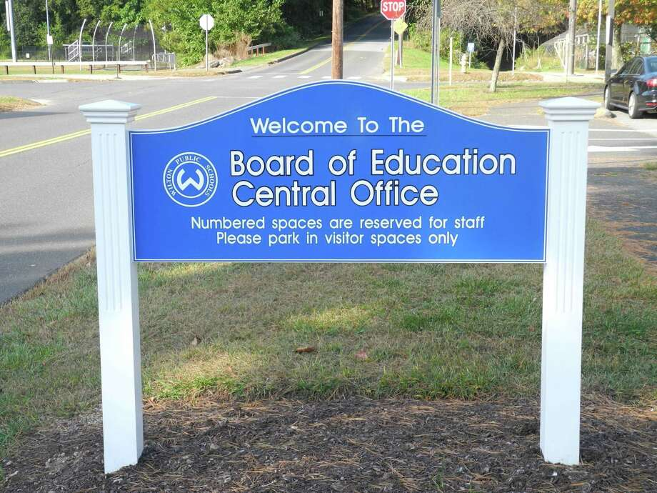 The Wilton Board of Education signed on to grade-less grades for Wilton High School in the fourth quarter this year.