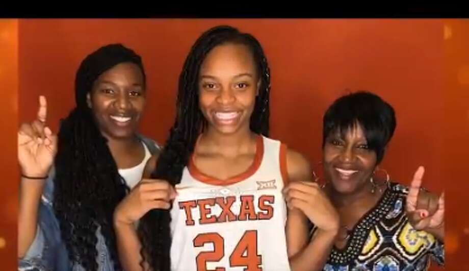 Aaliyah Moore committed to Texas on Saturday. The Moore H.S. (Okla.) star forward is the nation's No. 7 recruit, per espnW rankings. Photo: Aaliyah Moore/Twitter