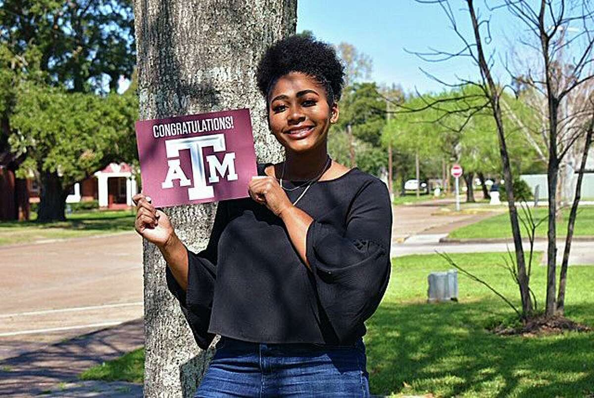 Zandrea Carter was named to the distinguished list of Texas Music Scholars. Carter will attend Texas A& University and pursue a degree in biomedical science in route to becoming a veterinarian.