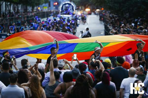 Thousands of people fill downtown for the 40th annual Pride Houston festival and parade Saturday, June 23, 2018. (Michael Ciaglo / Houston Chronicle)