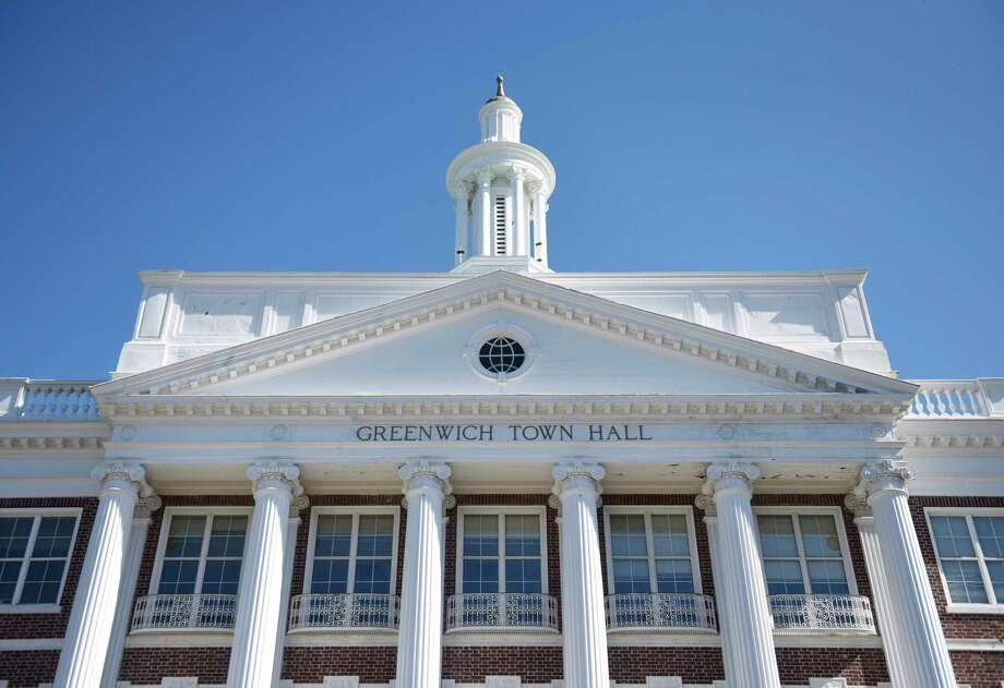 Greenwich Town Hall. Photo: Tyler Sizemore / Hearst Connecticut Media / Greenwich Time