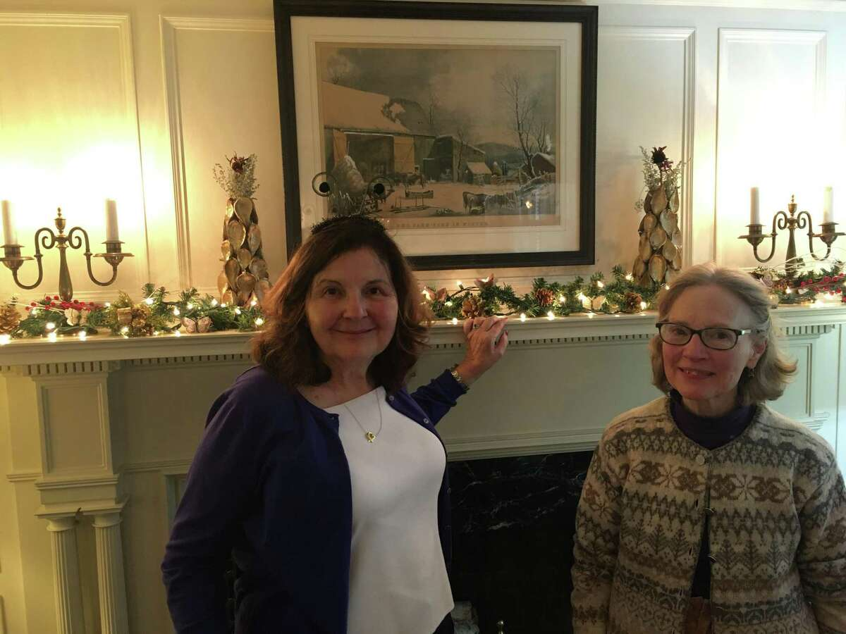 The Garden Club of Woodbridge received a Certificate of Appreciation from the Connecticut Department of Energy and Environmental Protection, and the Osborne Homestead Museum for participating in the Osborne Homestead Museum's annual holiday celebration in Derby from November 29 to December 21.