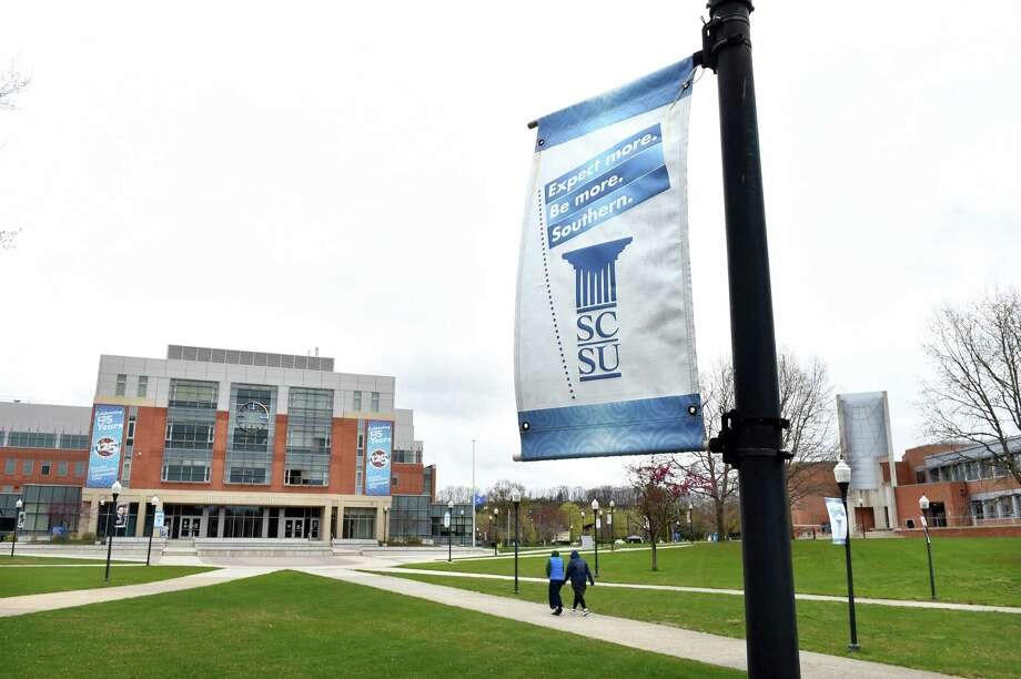 Southern Connecticut State University in New Haven has been nearly deserted since the coronavirus closures in March. Photo: Arnold Gold / Hearst Connecticut Media / New Haven Register
