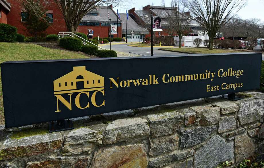 Connecticut's 12 community colleges have seen a 15 percent drop in enrollment this fall, including a substantial number of Black and Latino students. Photo: Erik Trautmann / Hearst Connecticut Media / Norwalk Hour