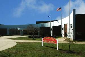 Cromwell High School