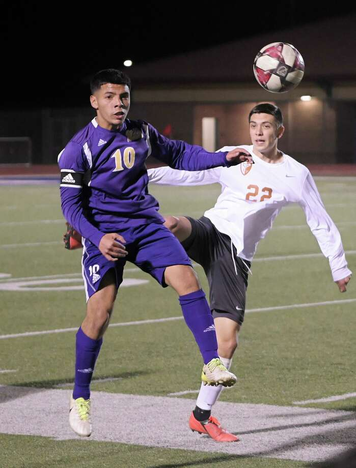 LBJ senior Henry Costilla was named the Most Valuable Player of District 29-6A this season. This was the second straight season in which Costilla won the award. Photo: Danny Zaragoza /Laredo Morning Times File / Laredo Morning Times