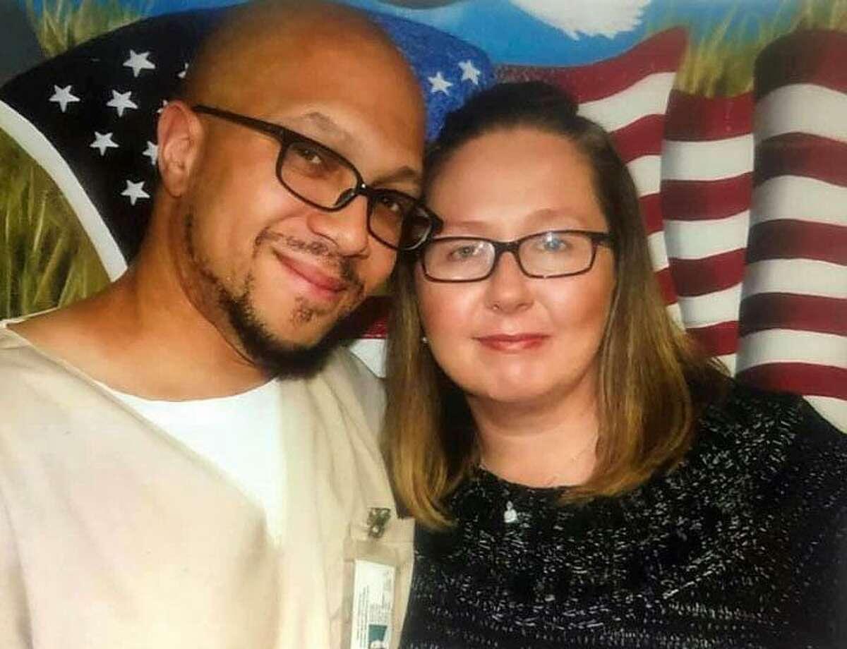 Isschar Howard and his sister Debra Martinez.