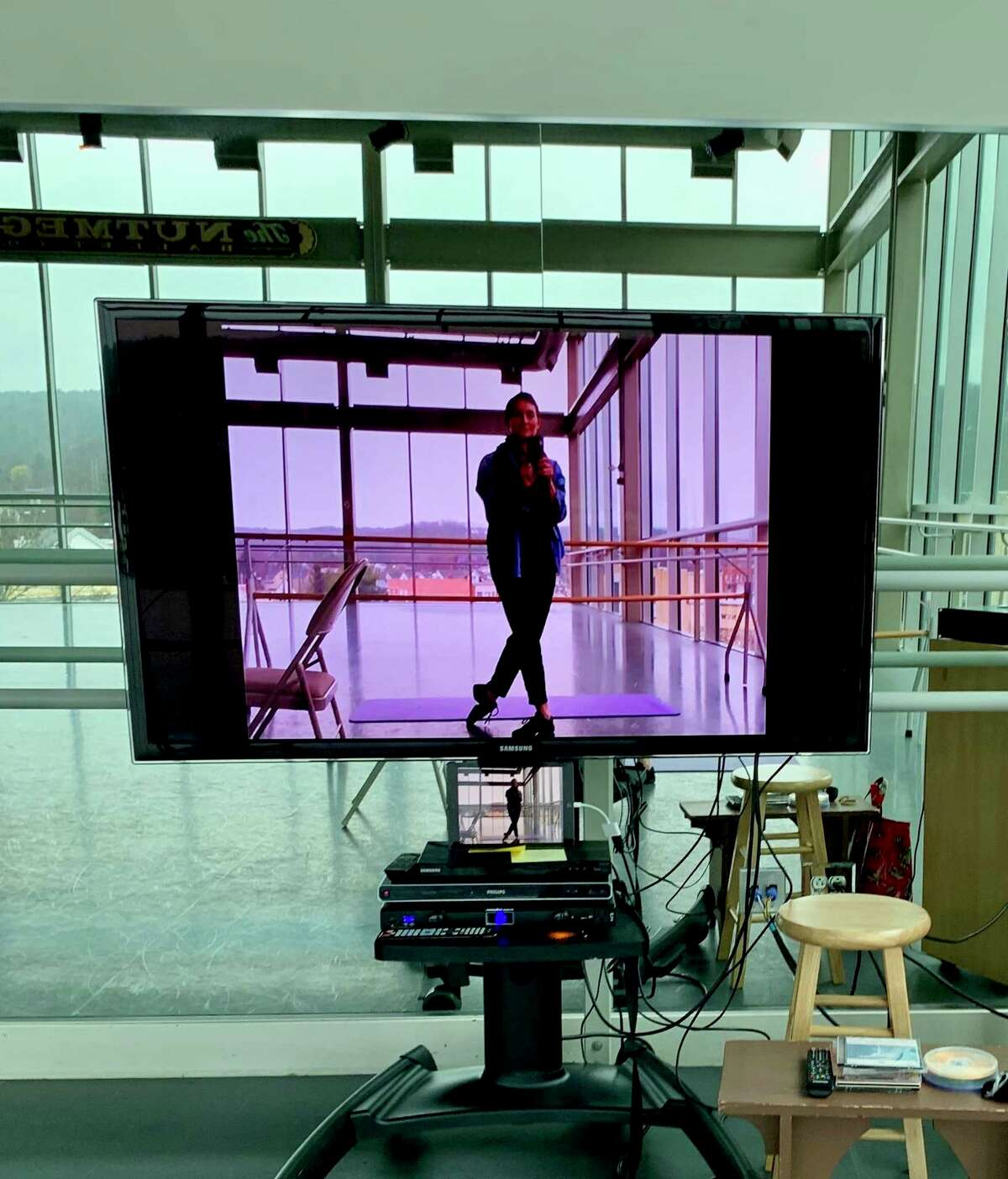 Artistic director Victoria Mazzarelli is shown on-screen on Zoom in the Premiere Studio at the Nutmeg Ballet Conservatory.