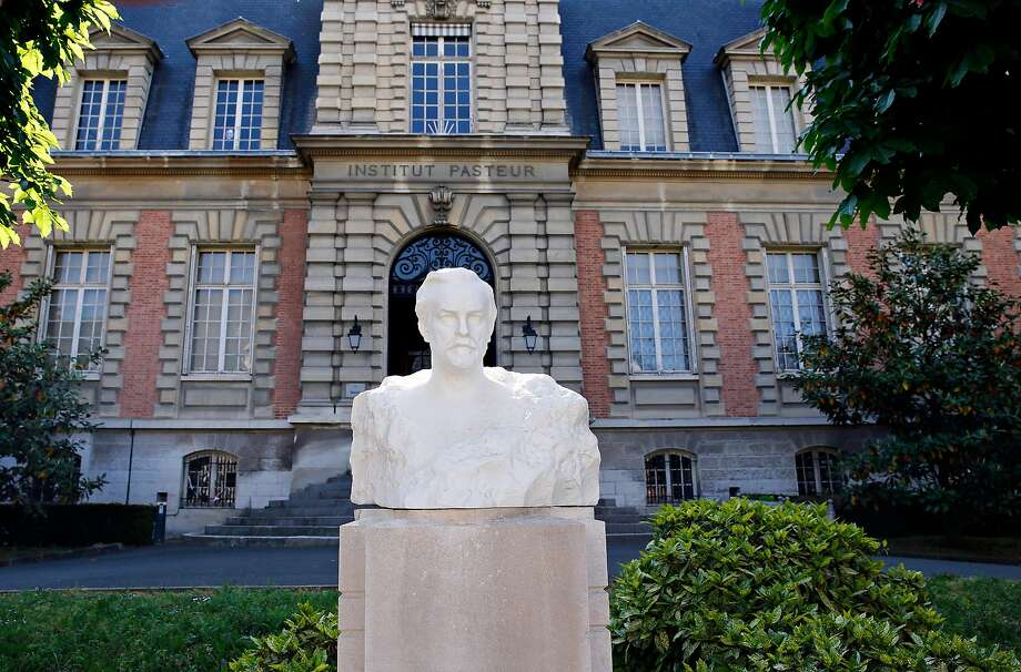 A plaster bust representing Louis Pasteur stands at the entrance of the Pasteur Institute in Paris, which along with Mount Sinai in New York City, is participating in the research effort against the coronavirus led by Dr. Nevan Krogan of UCSF. Photo: Chesnot / Getty Images