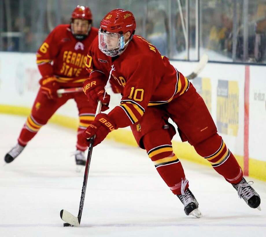 Coale Norris (10) is looking to be a major scorer or Ferris State next season. (Pioneer file photo)