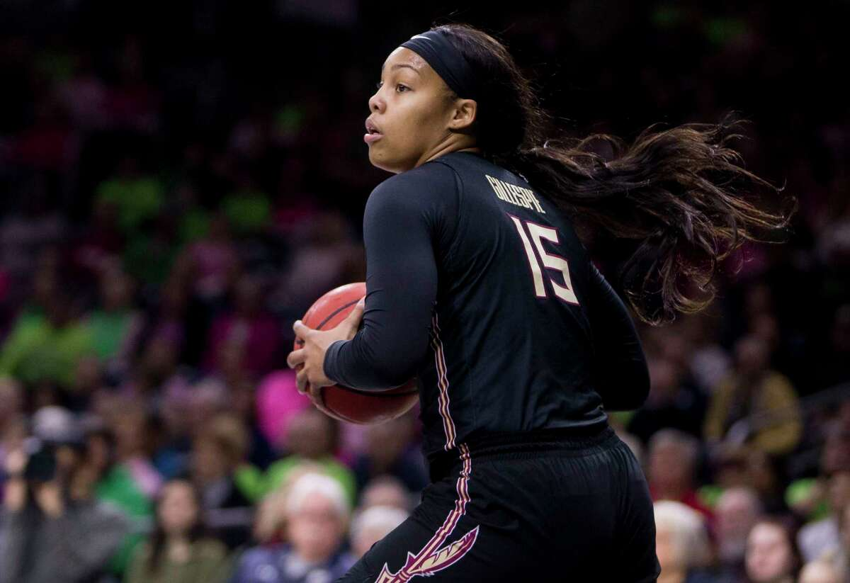 Florida State's Kiah Gillespie looks to pass the ball during a game against Notre Dame on Feb. 10, 2019.