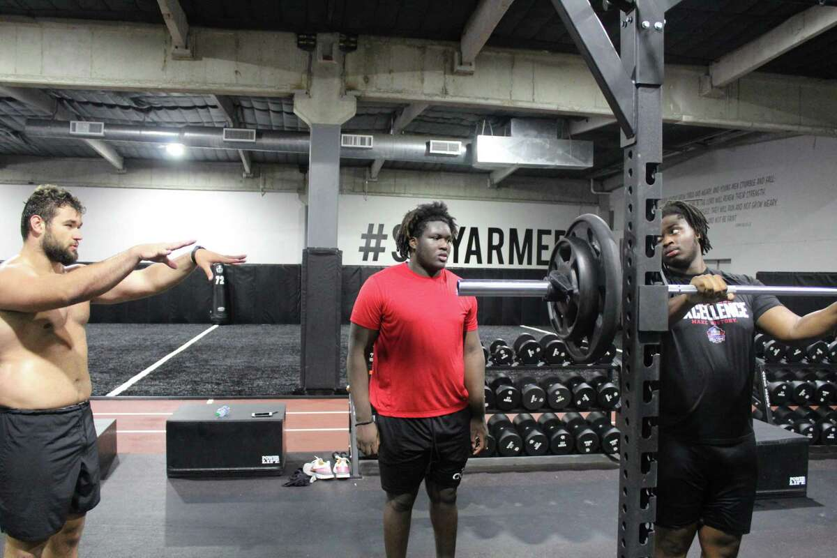 Texas A&'s Kenyon Green works out at Armed Forces in Atascocita. Green is an Atascocita alumni.