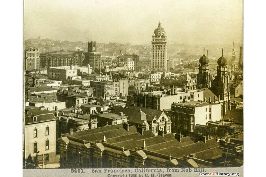 The view, circa 1900, over San Francisco's business district: the Call Building at center, Palace Hotel, Chronicle and Examiner at left, Temple Emanu-El at right Photo: OpenSFHistory / Wnp24.332a.jpg