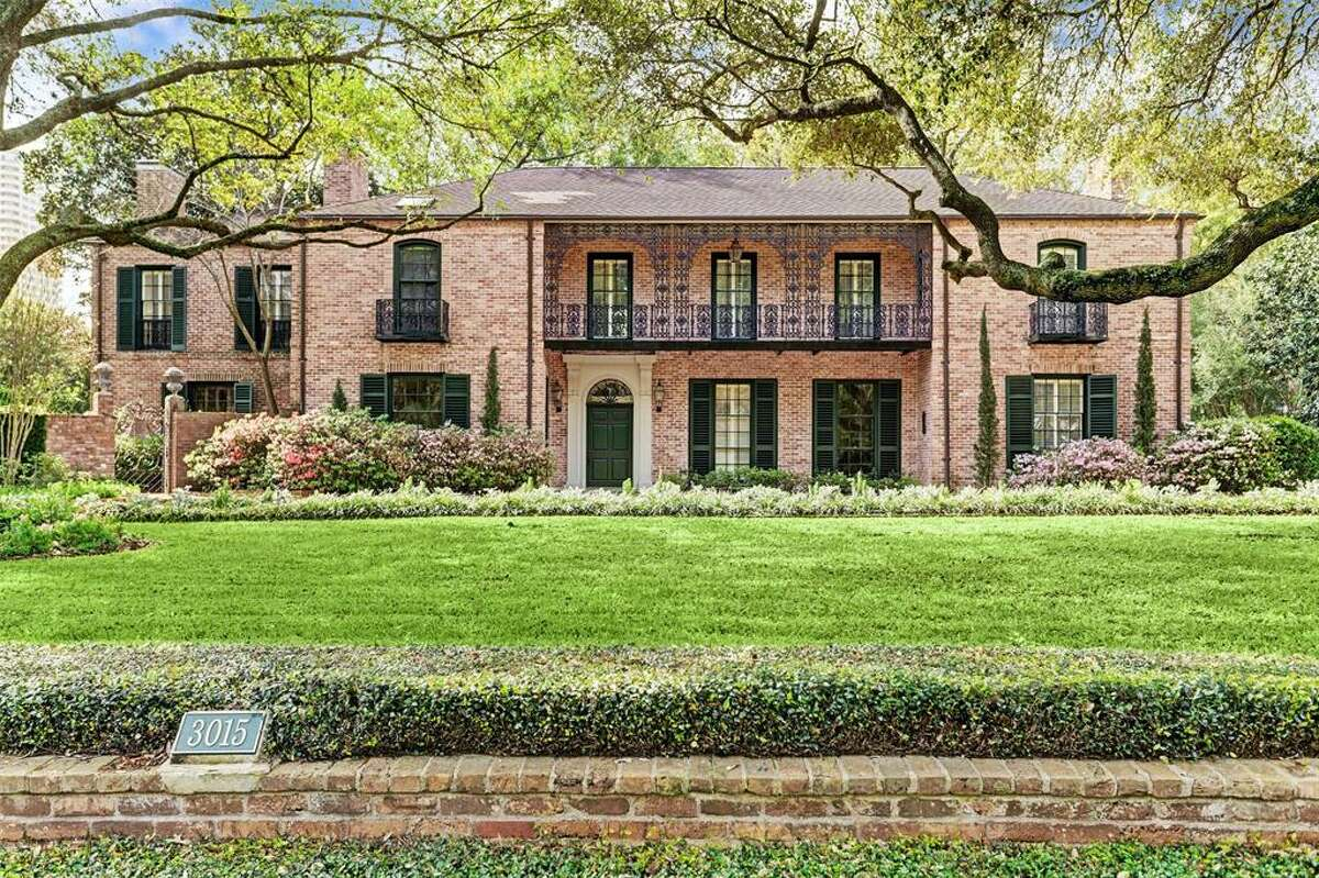 This New Orleans-style, historic River Oaks home was originally designed by renowned Houston architect John Staub in 1937.