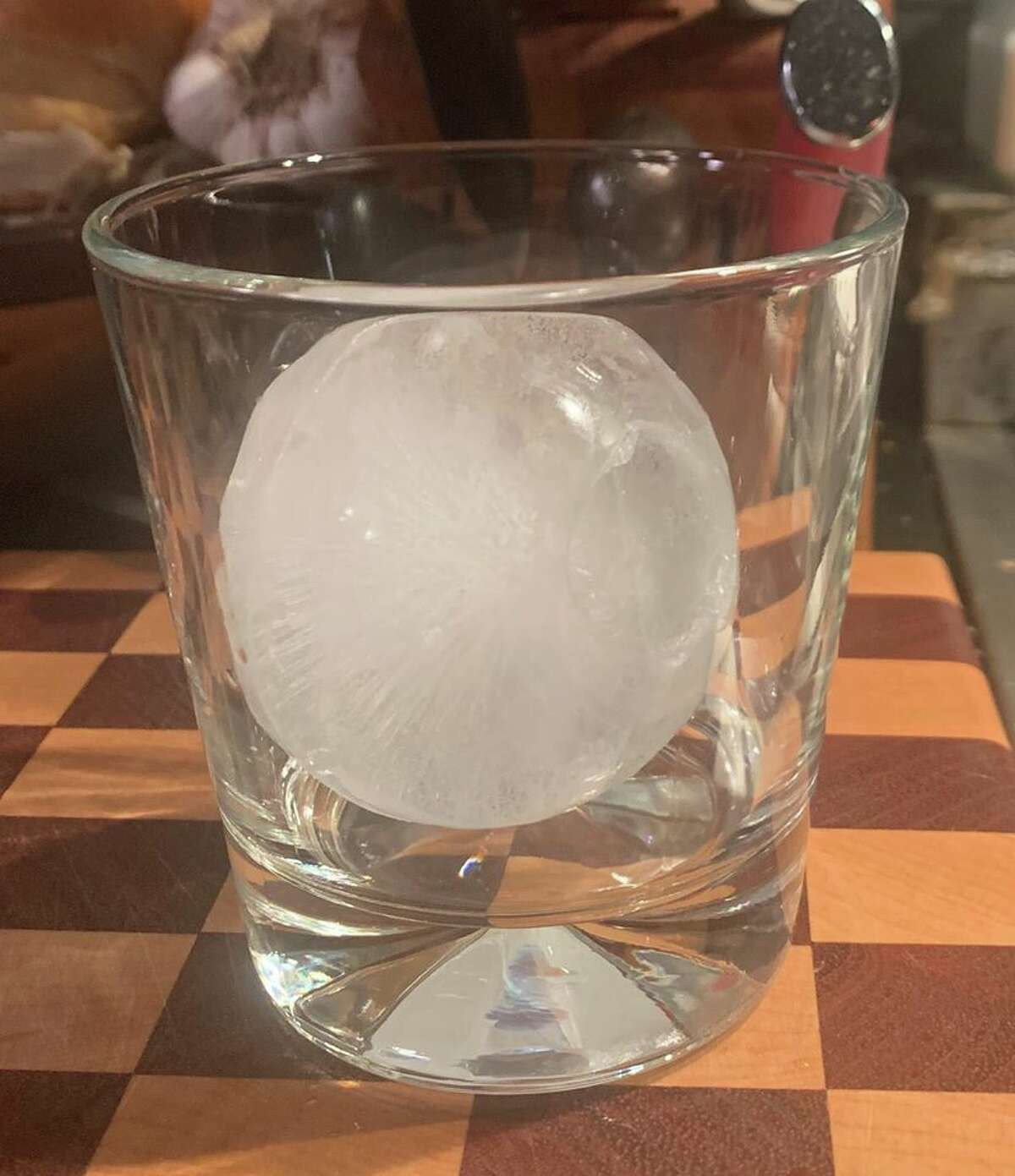 Big, spherical ice cubes: