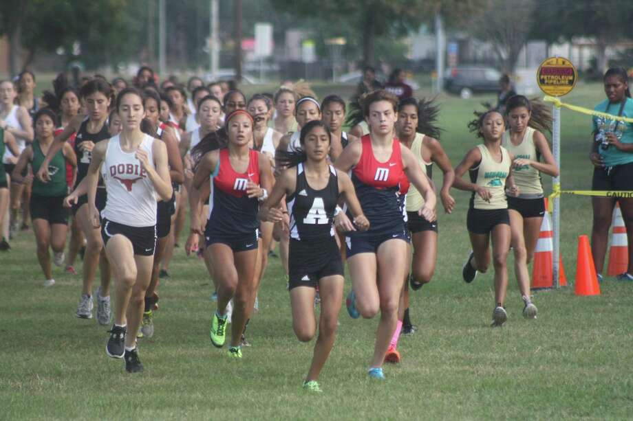 The District 22-6A cross country runners will be invading the city for the all-important district meet in 2021. Deer Park will host it this year. Photo: Robert Avery