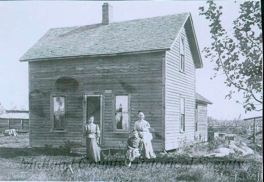 Bruno S. Chase Farm in Porter Township. (Midland County Historical Society)