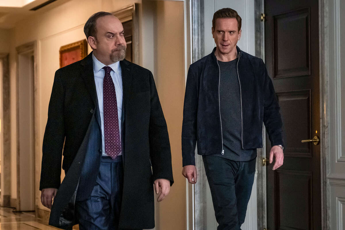 """(L-R): Paul Giamatti as Chuck Rhoades and Damian Lewis as Bobby """"Axe"""" Axelrod in """"Billions."""" Photo Credit: Jeff Neumann/SHOWTIME"""