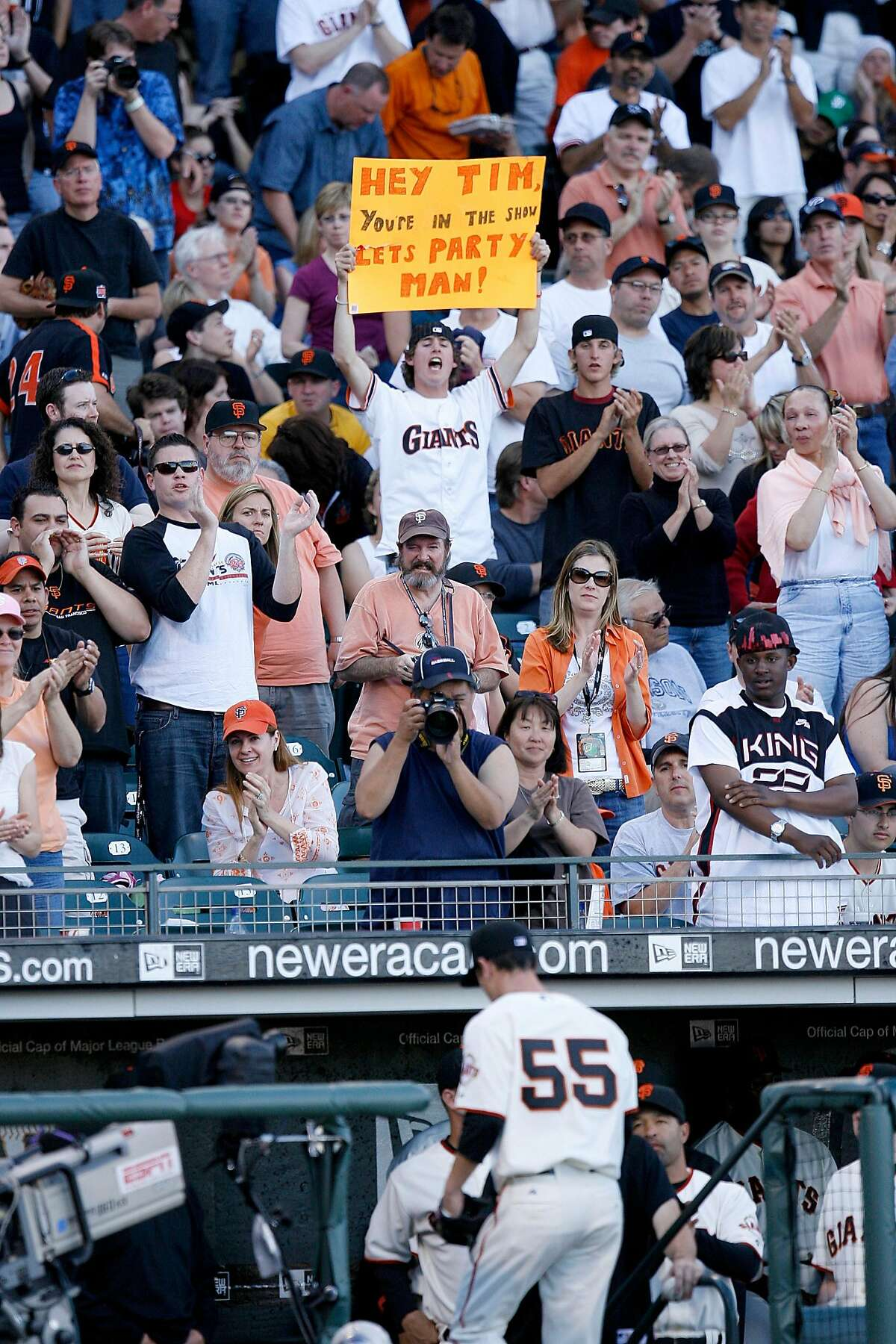 A fan encourages Giants young pitcher Tim Lincecum as he leaves the mound in the fifth inning against Philadelphia Phillies, Sunday May 6,2007, in San Francisco.(Lacy Atkins San Francisco Chronicle)