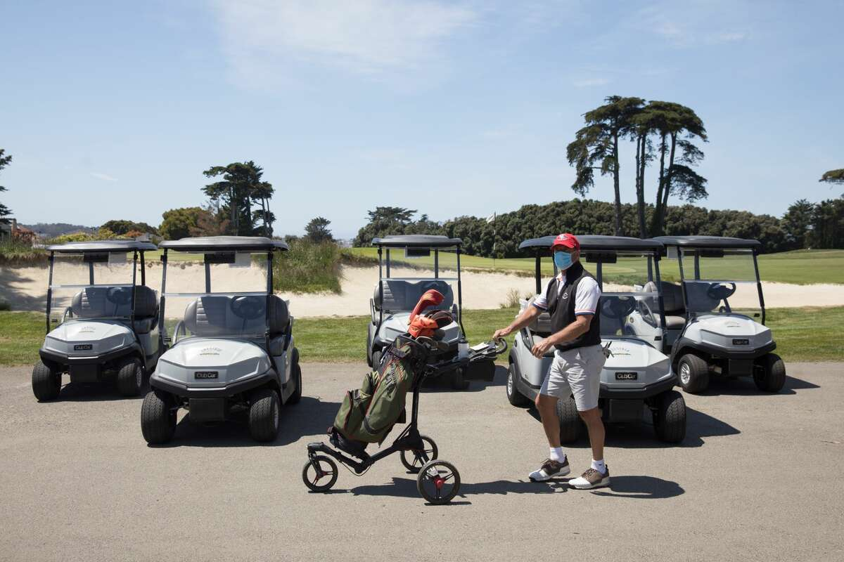 What businesses are now open in the Bay Area? Golf Courses A golfer walks by waiting golf carts at the Presidio Golf Course in San Francisco. Golfing was allowed for the first time since the Bay Area shelter-in-place order was enacted to combat the spread of the COVID-19 coronavirus.