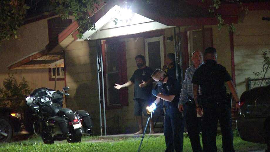 An early morning shootout on the South Side left one man dead, San Antonio police said. Photo: Ken Branca